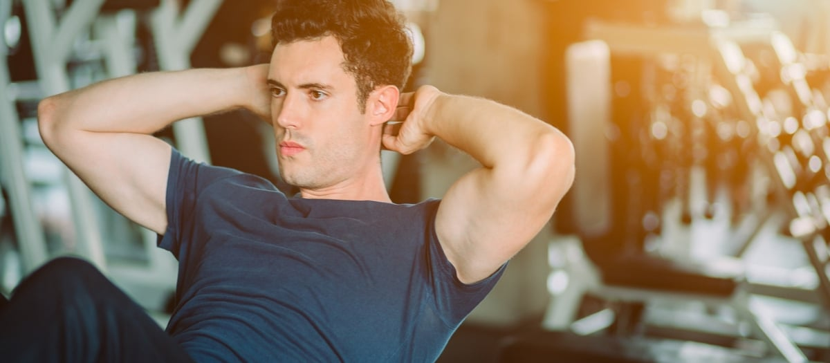 Addominali per pancia piatta: i 5 migliori esercizi da fare