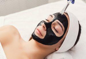 Black Mask per rimozione punti neri per una pausa di relax