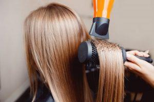 rimedi efficaci per combattere i capelli grassi