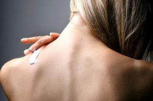 rimedi pelle grassa del corpo