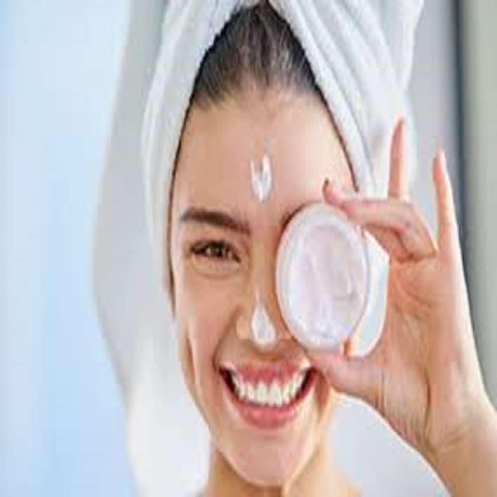 Crema viso per l'estate: Come scegliere la migliore