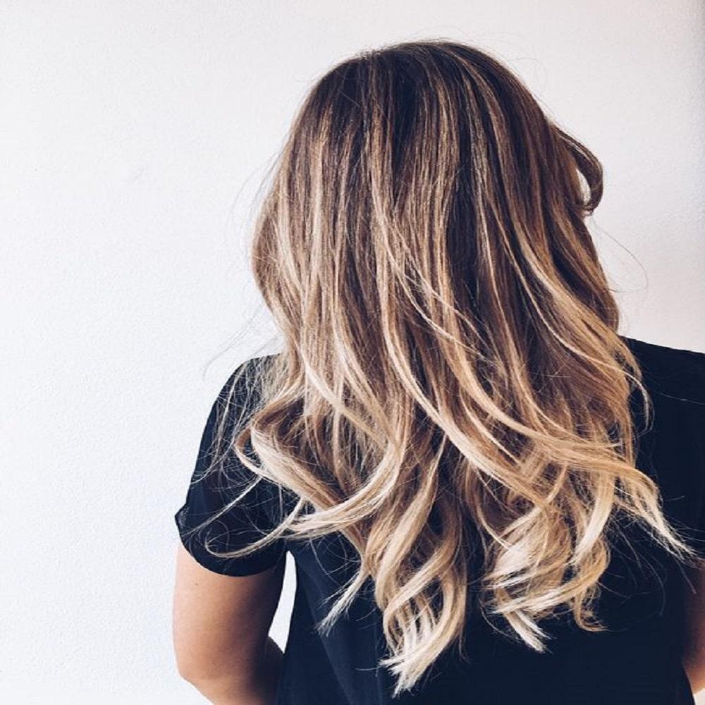 Come schiarire i capelli: Consigli utili