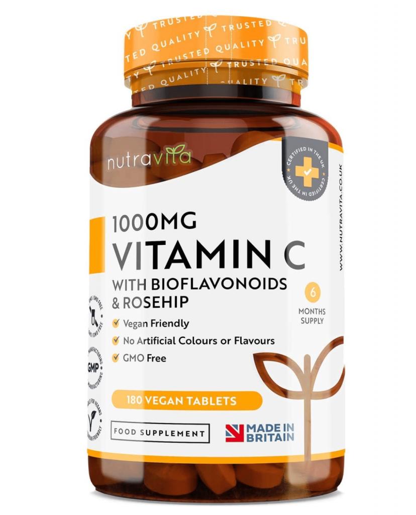 La vitamina C è uno dei migliori principi attivi contro la rosecea - questa la versione di Nutravita