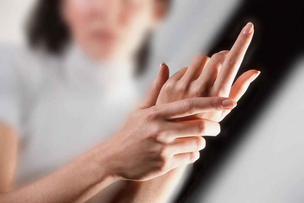 Curare geloni mani e piedi