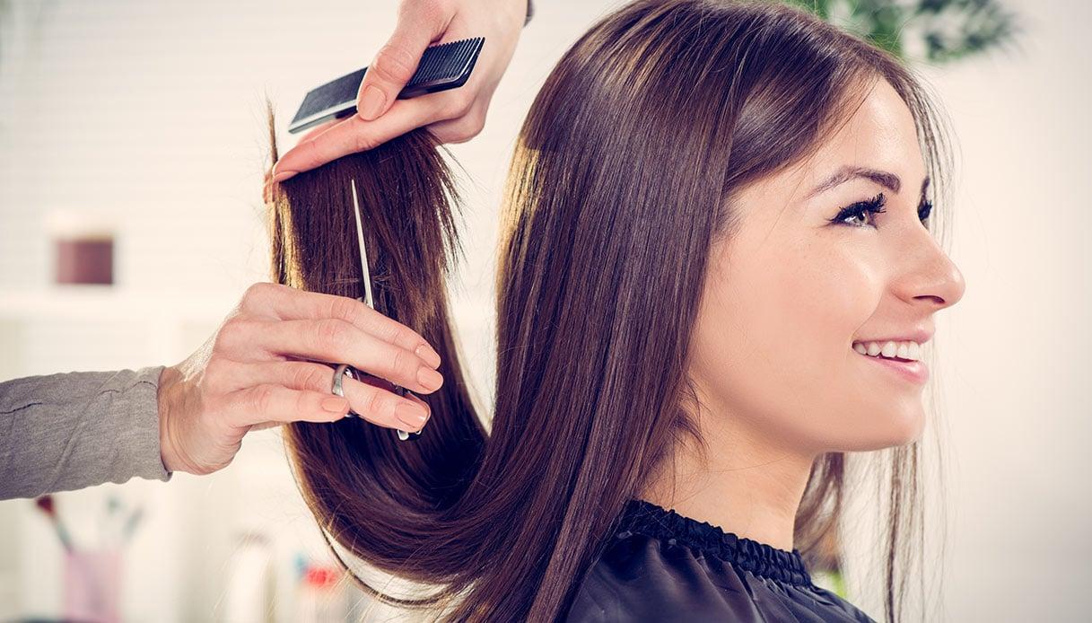 Quando tagliare i capelli: segui il calendario lunare!