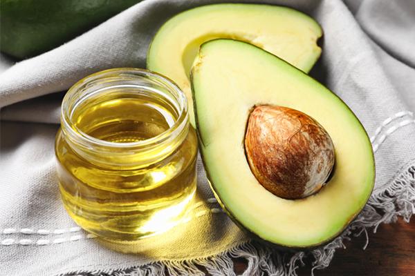 Olio di Avocado: Proprietà, usi e benefici
