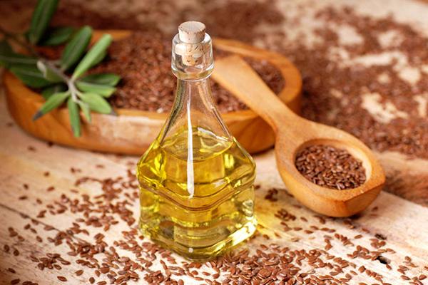 Olio di Lino: Proprietà, usi e benefici