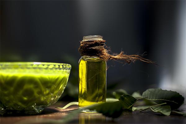 Olio di Neem: Proprietà, usi e benefici