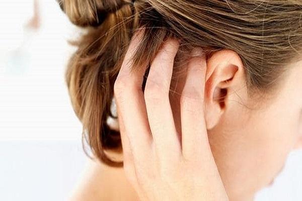 Cuoio capelluto secco: cause e rimedi
