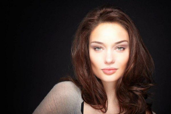 Viso scavato: consigli utili per make up e capelli
