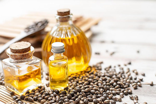 Olio di Ricino: Proprietà, usi e benefici