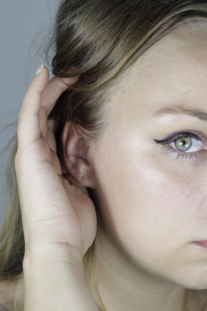Eye-liner per viso scavato