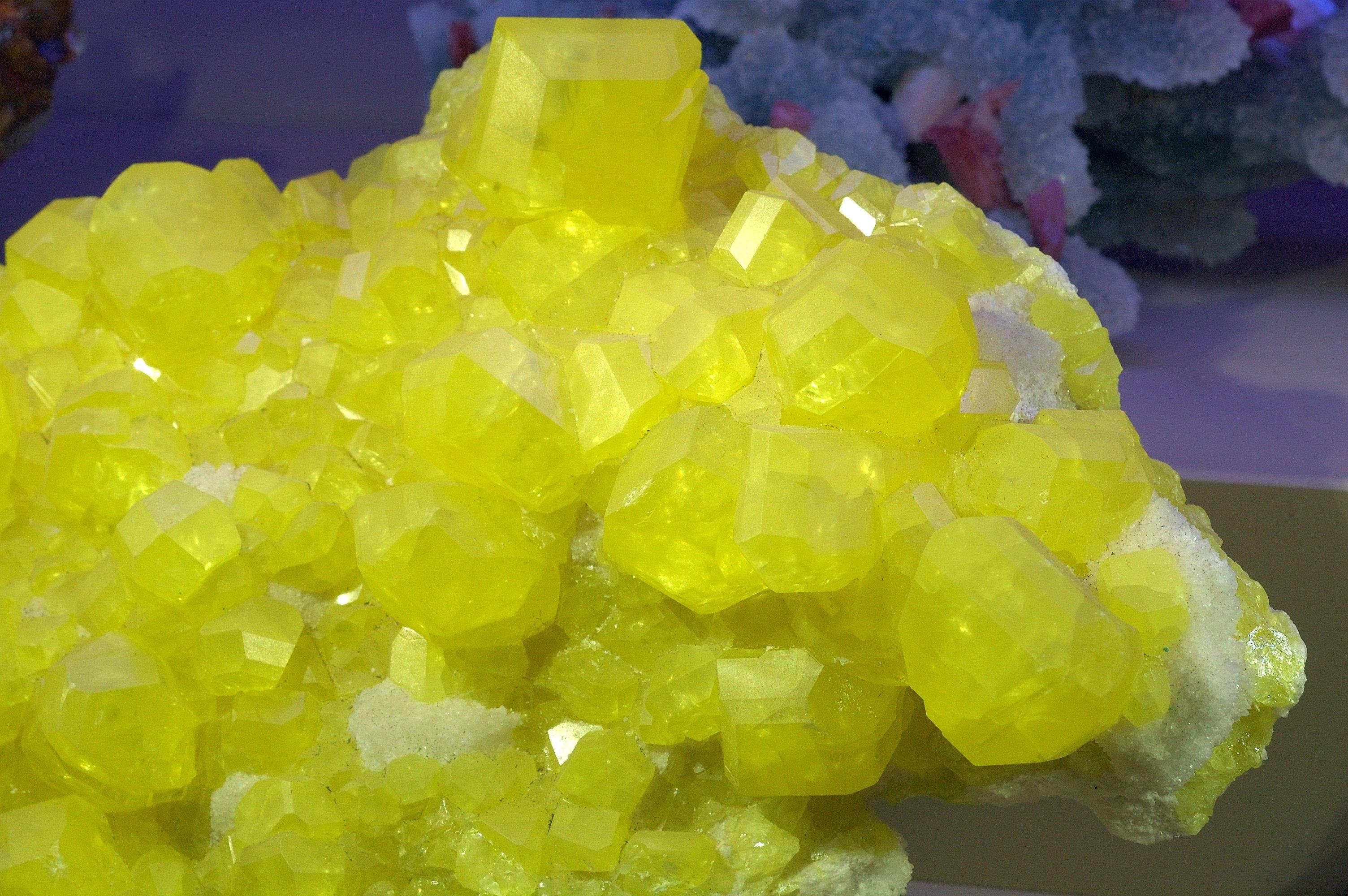 Zolfo organico Minerale della bellezza