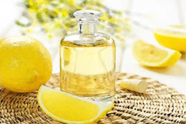 Olio essenziale di limone per i capelli