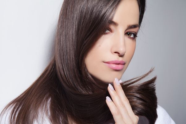 Cristalli liquidi per capelli: Classifica dei Migliori 7 [Efficacia Testata]