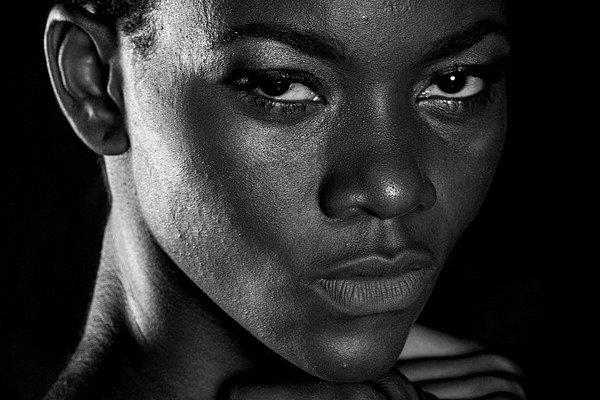 Migliori fondotinta per pelli scure