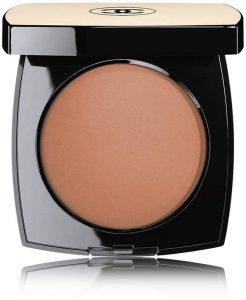 Terra Chanel no makeup