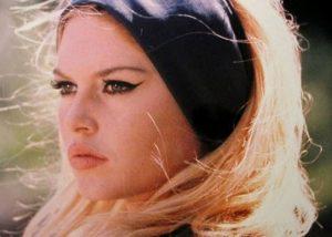 Cat eye Brigitte Bardot