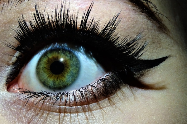 Cat eye: i consigli per usare l'eyeliner