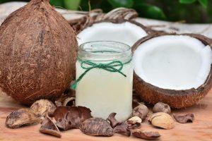 L'olio di cocco aiuta la tintarella